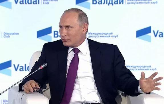 Лужков озвучил свое мнение по поводу задач, которые необходимо будет решать президенту после выборов