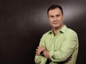 Михаил Козлов собирает подписи в свою поддержку