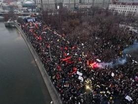 Предвыборные протесты 2017 все усиливаются